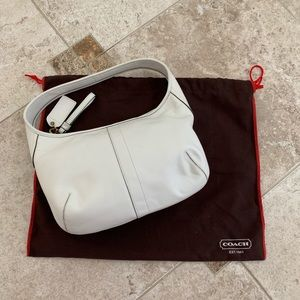 Small Coach white leather shoulder bag w/ dustbag